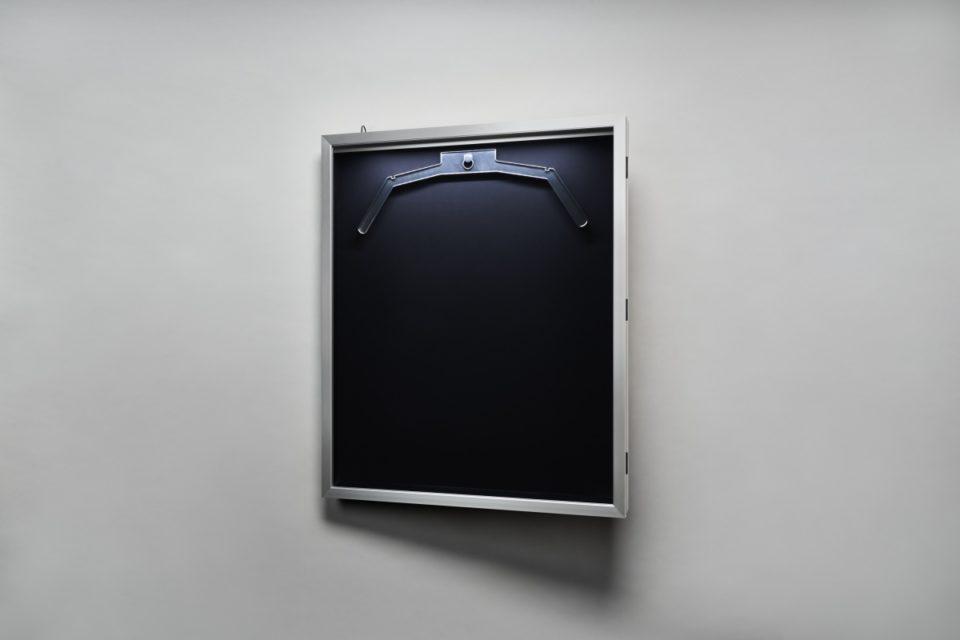 新製品:LEDユニフォーム額