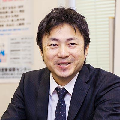 西日本営業統括 尾崎慎吾